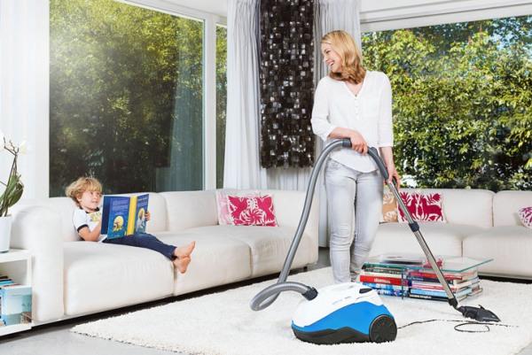 для профилактики скарлатины нужно проводить влажную уборку в комнате ребенка