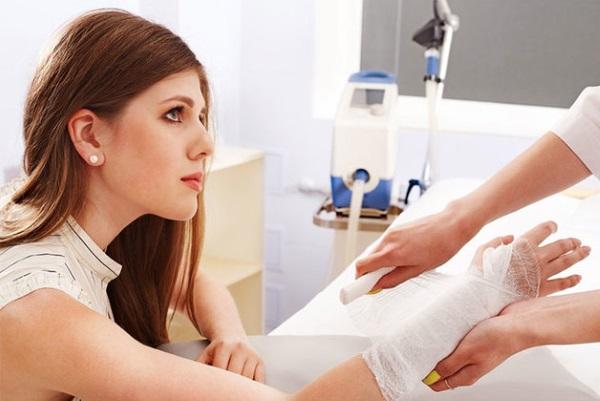Созданы умные повязки для заживления кожи